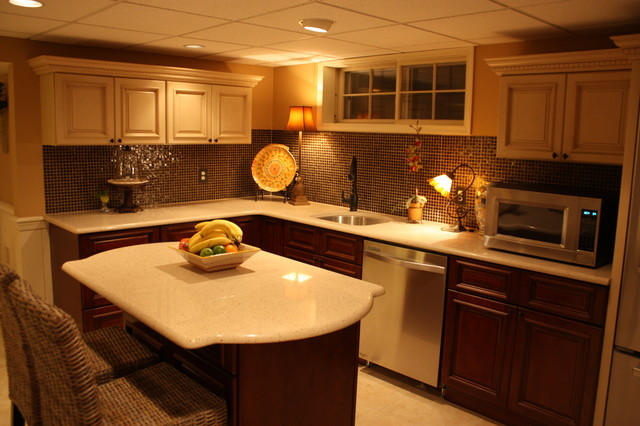 Basement kitchen traditional basement by rta cabinet for Kitchenette designs photos