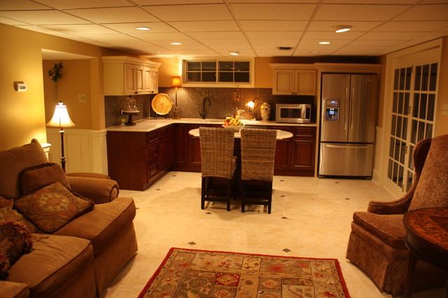 Basement kitchen traditional basement by rta cabinet for Homes for sale with mother in law apartment