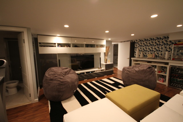 Basement (Lounge/Wine Room/Sewing Studio/Bedroom/Laundry Room ...