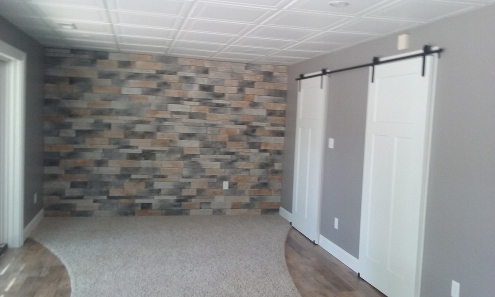 Inspiration for a contemporary basement remodel in Indianapolis