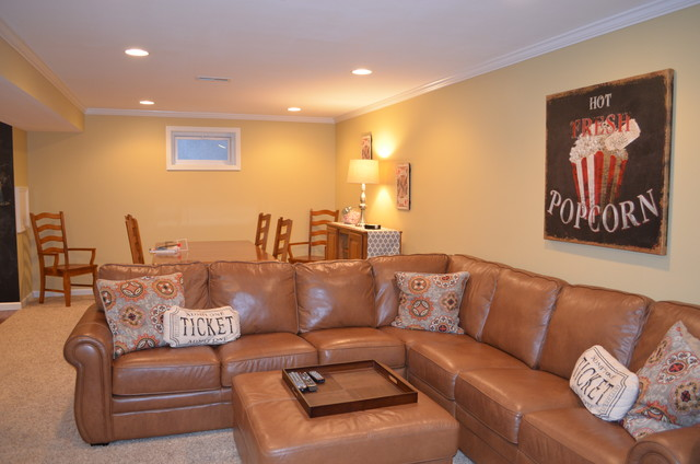 Inspiration for a timeless basement remodel in Cincinnati