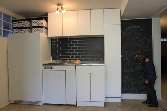 Charleswood Bungalow modern-basement
