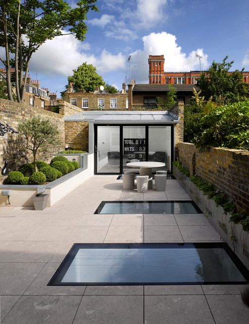Chiswick garden room contemporary basement london for Modern garden rooms london