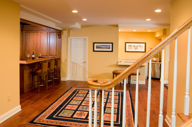Basement - Hand Crafted Raling traditional-basement