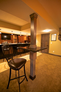 Clinton, Iowa transitional home with basement game room and remodeled kitchen