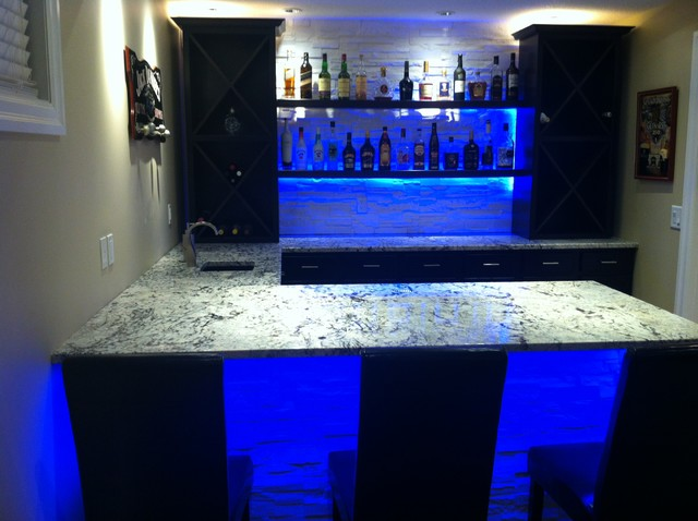 Cold Spring Granite Bar With Led Lighting