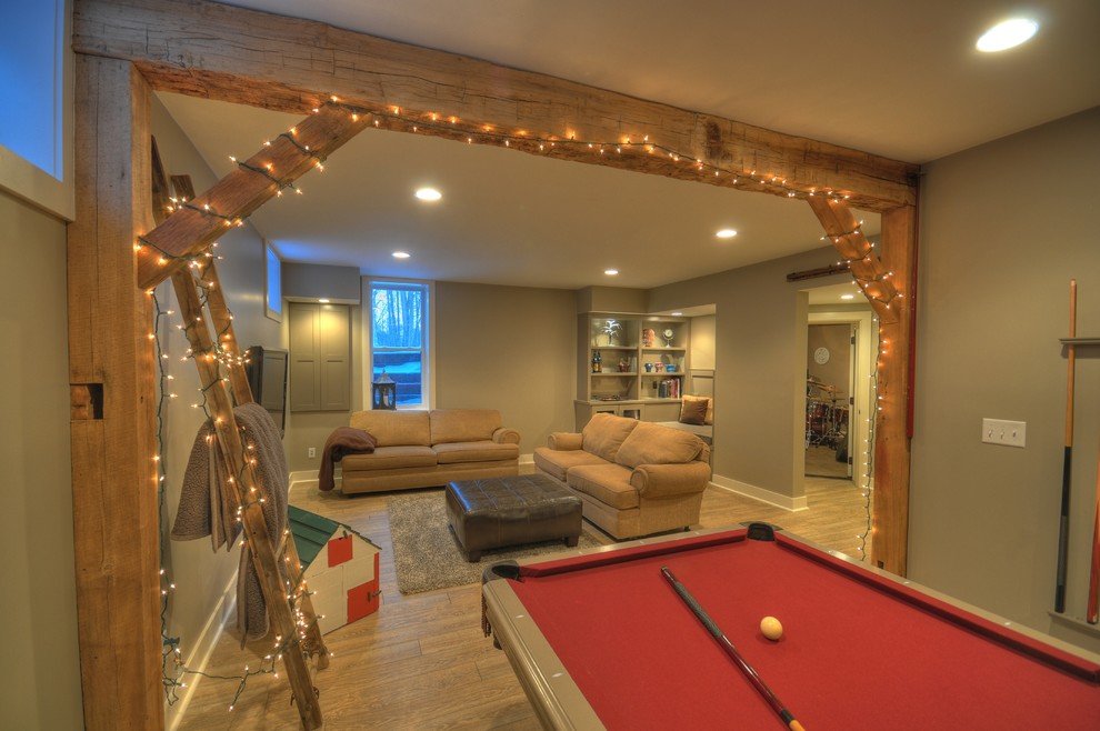 Example of a mountain style basement design in Cleveland