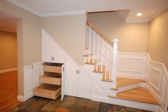 Custom basement mudroom in ashland traditional for Basement mudroom ideas