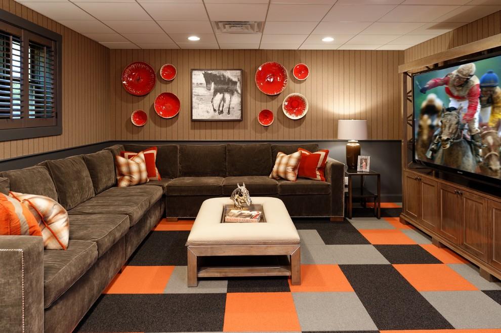 Mittelgroßer Klassischer Hochkeller ohne Kamin mit brauner Wandfarbe, Teppichboden und buntem Boden in Cleveland
