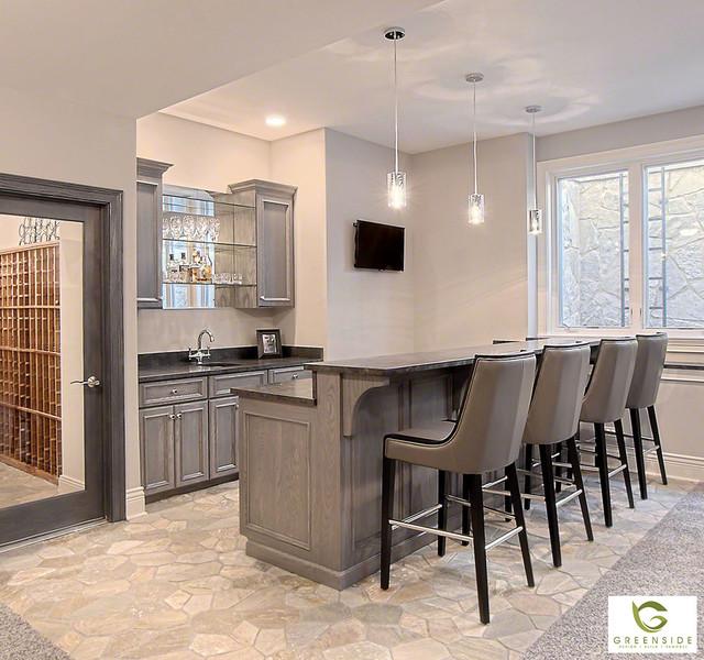 Kitchen Bar Greenside: Contemporary