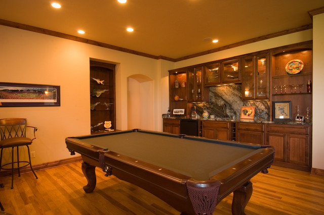 Game Room traditional-basement
