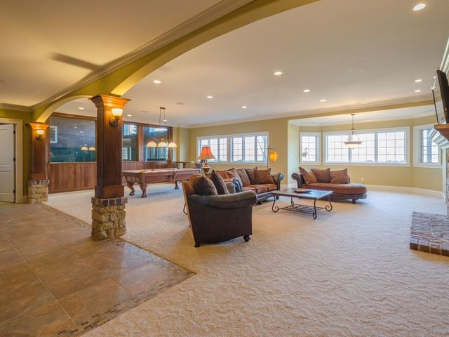 Hot Property 1 3m Fishers Home With Sports Court