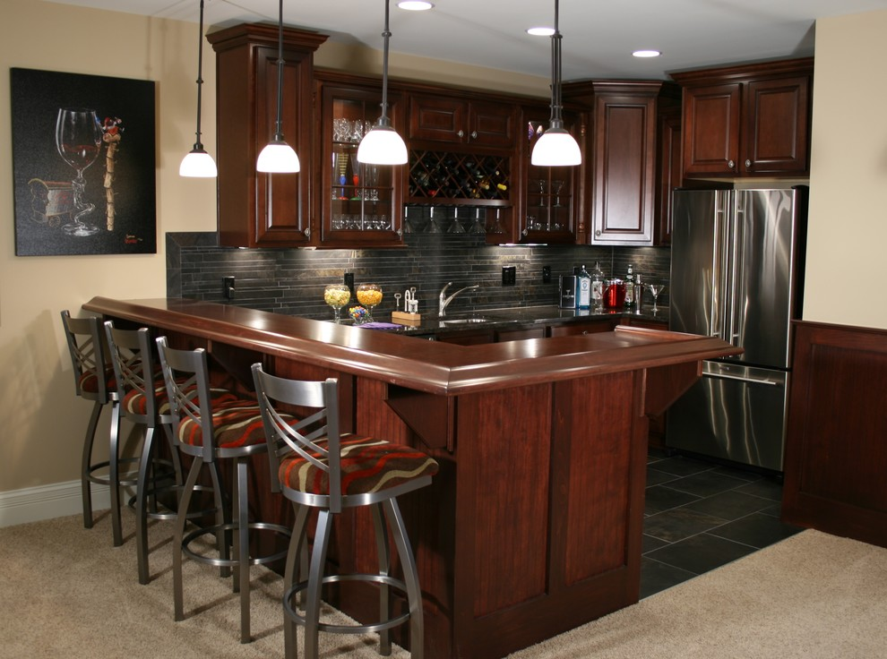 Kitchen And Bars Traditional Basement Indianapolis By Db