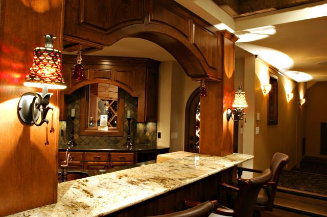 Maison arbres traditional-basement