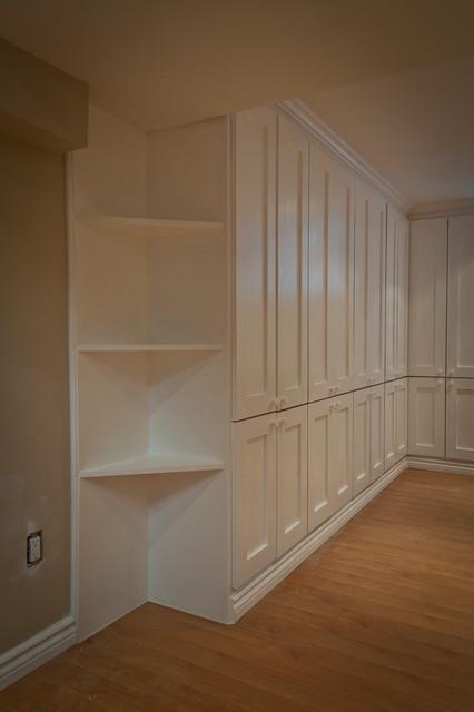 Moor Park storage/home office - Contemporary - Basement - Toronto - by Seva Rybkine
