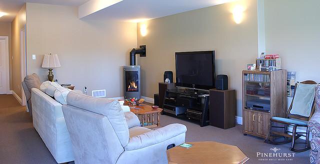 Oakfield traditional-basement