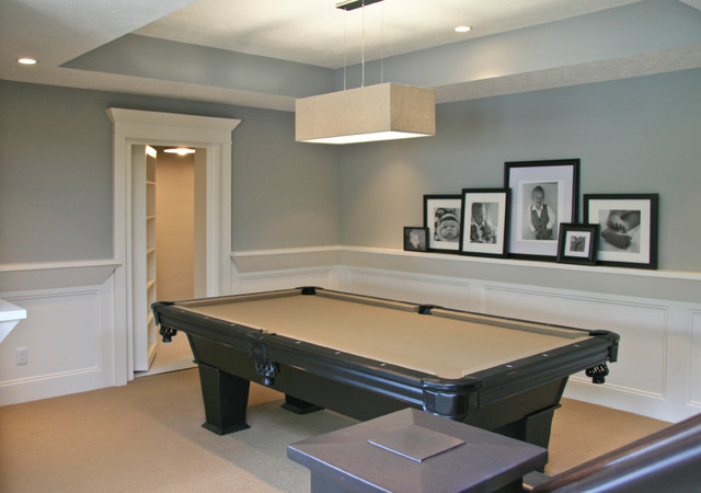 traditional basement by Visbeen Associates, Inc.