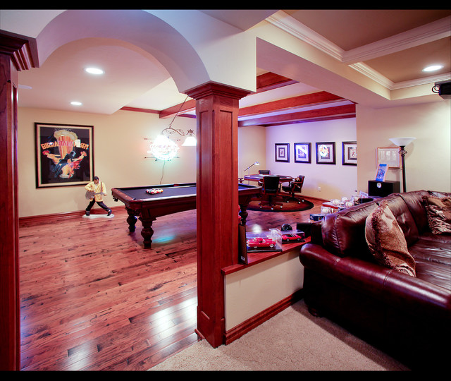 Richfield Lower Level traditional basement