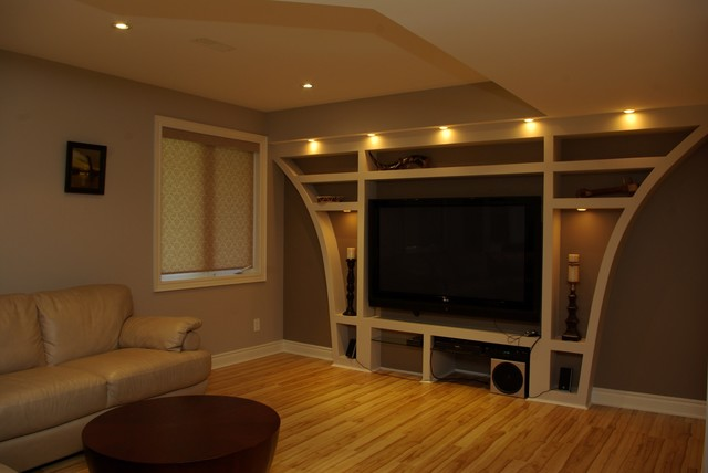 Richmond Hill Centre Residence traditional-basement