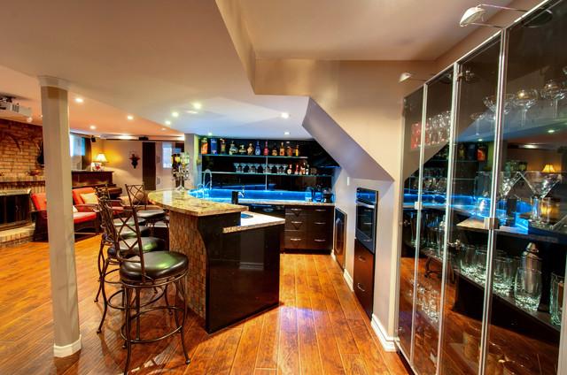 Richmond Hill traditional-basement
