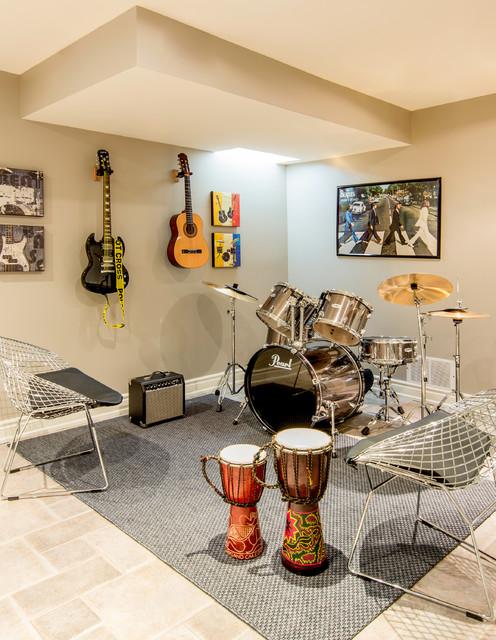 Robertson Close contemporary-basement