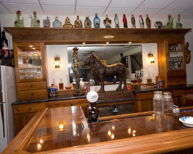 Rustic Bar traditional-basement
