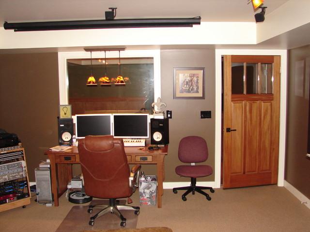 Saratoga Music Studio Home Theatre Traditional