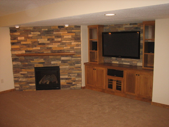 Shoreview 2 traditional-basement