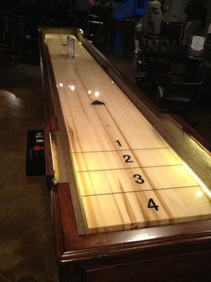 Shuffleboard contemporary-basement