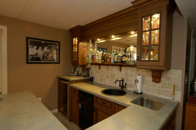 Small space big charm wet bar - Bars for small spaces design ...