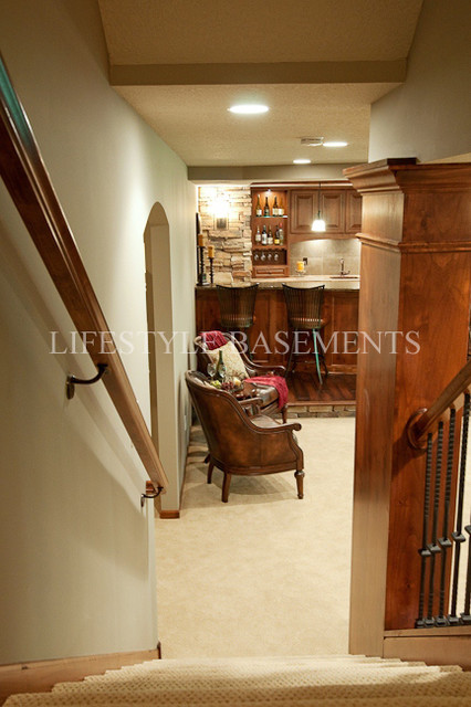 Stairwell traditional-basement