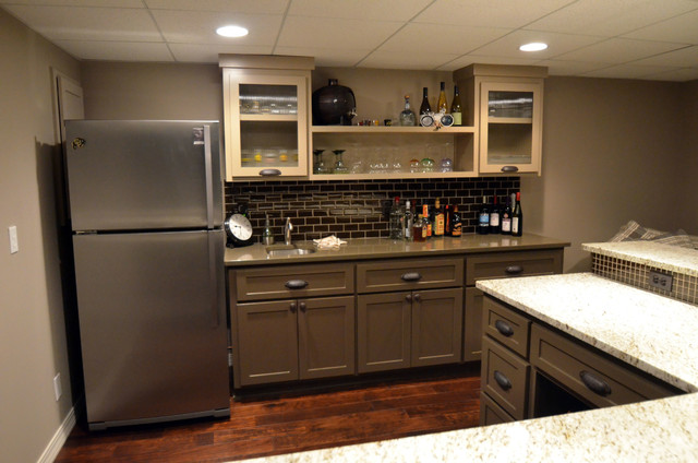 Stillwell, KS Kitchen and Kitchenette Design