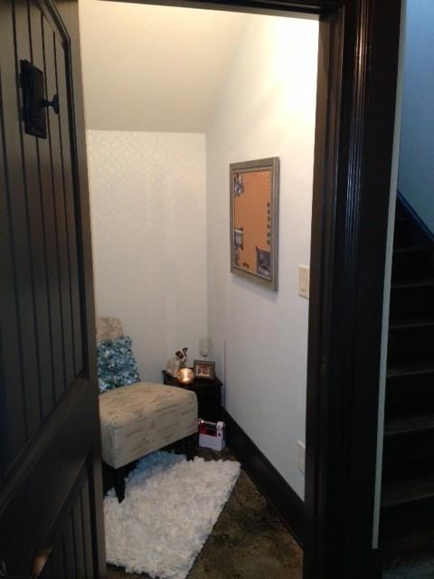 Tornado closet traditional-basement
