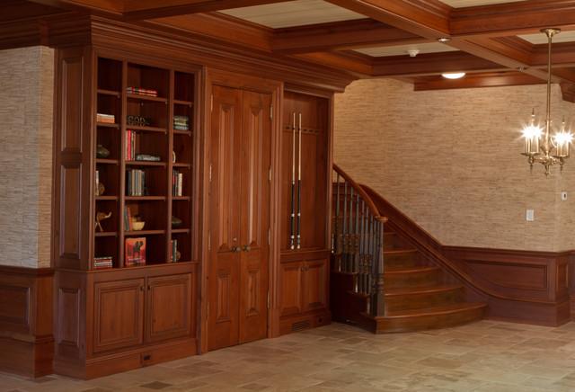 Traditional Basement Cabinets