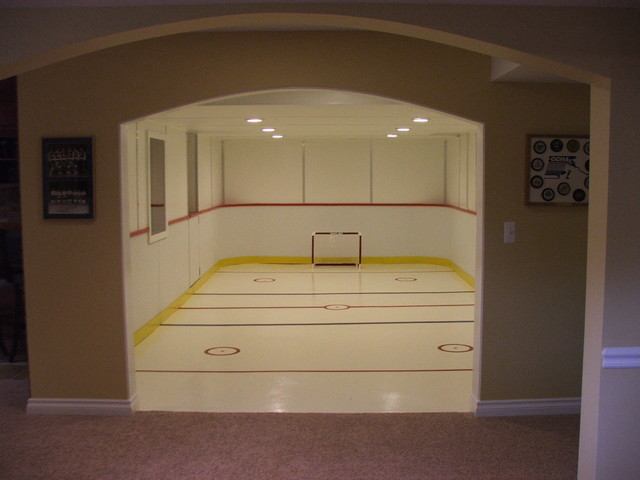 Utica Basement traditional-basement