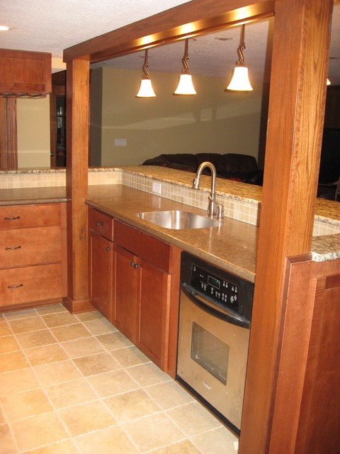 Wet bar kitchenette traditional basement other metro Kitchenette meaning