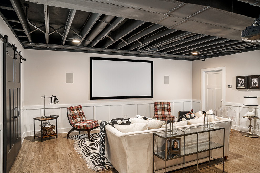 Inspiration for a basement remodel in Chicago