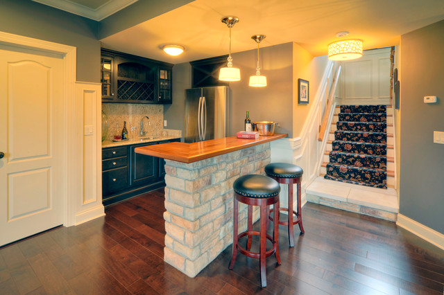 Wine Bar With Painted Cabinets Traditional Basement
