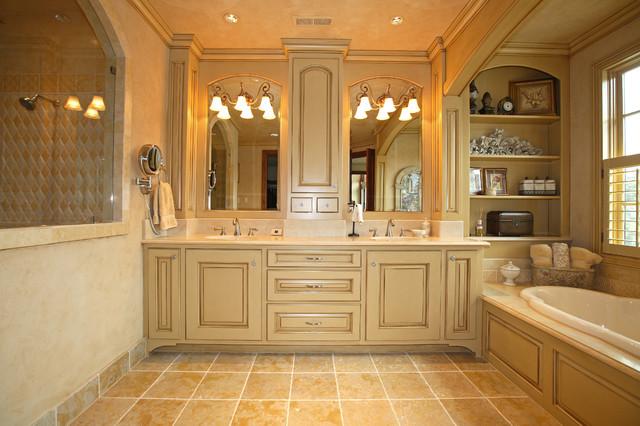 1024 Northshore Road traditional-bathroom