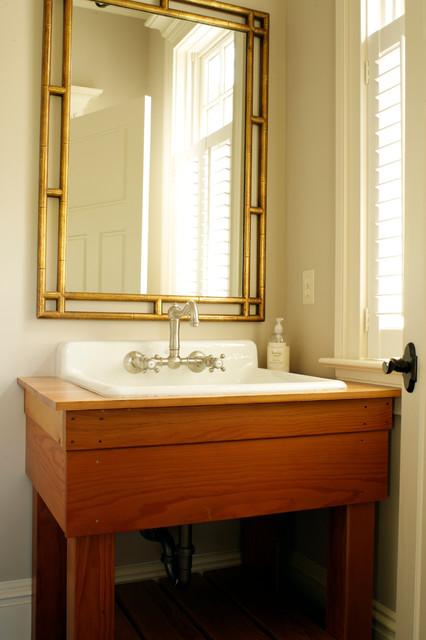 10407 traditional-bathroom