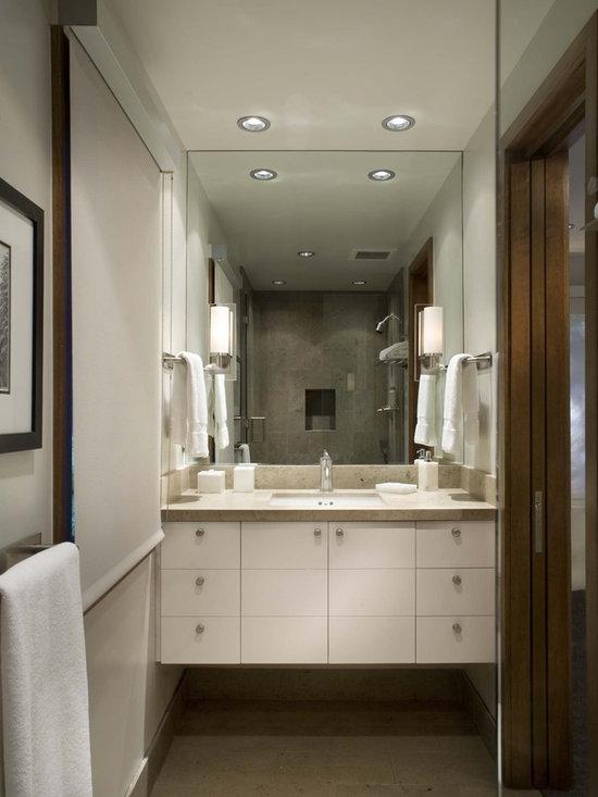 Height of towel bar in bathroom