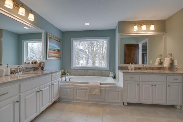 15520 Taylor Creek Plymouth Mn Traditional Bathroom