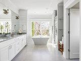 7 Key Things to Establish When Planning a Master Bathroom (11 photos)