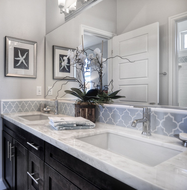 162 Flower Street Costa Mesa Contemporary Bathroom Orange County By Mastercraft Residential
