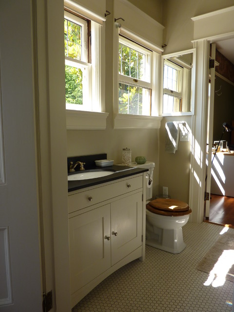 1905 henry hahn house craftsman bathroom portland