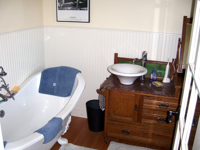 1910 sears and roebuck remodel craftsman bathroom for Sears bathroom remodeling