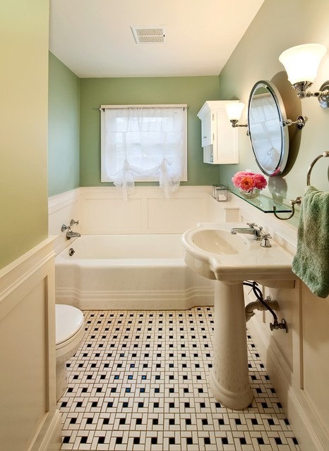 1930 S Retro Corvallis Bath With Black And White Tile