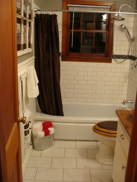 1930's Bungalow Bathroom - Farmhouse/Western Style craftsman-bathroom