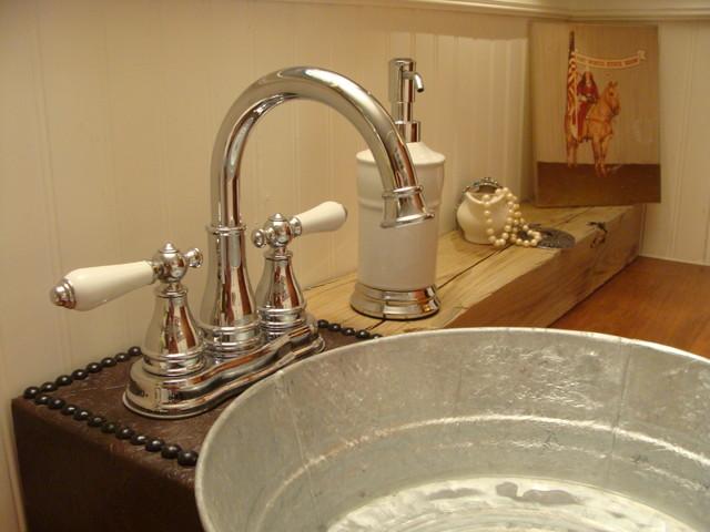 1940 S Bungalow Bathroom Farmhouse
