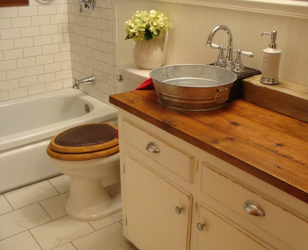 Bathroom Farmhouse Western Style